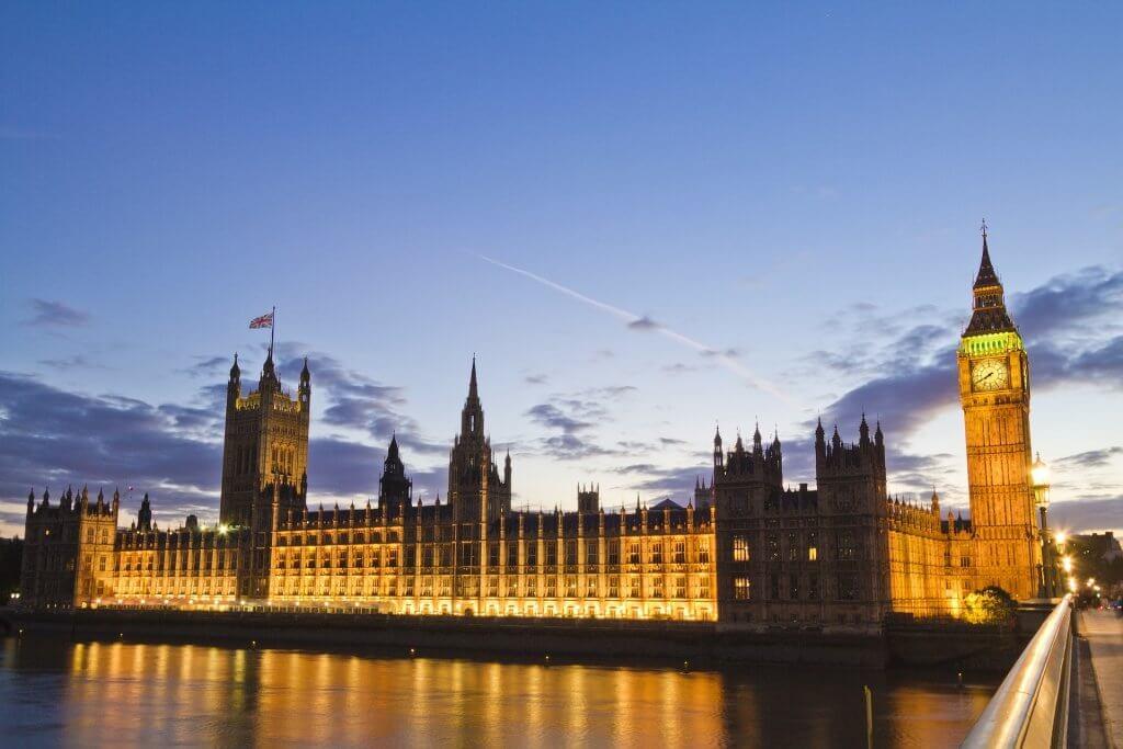 parliament-1650762_1920